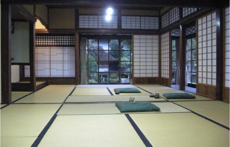 אדריכלות בית המגורים ביפן |  אדר' אריה קוץ